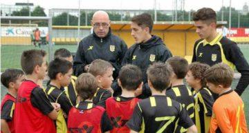 Escuelas San José cede el liderato en solitario al Valencia