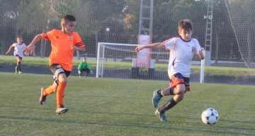 Levante y Villarreal muestran su dominio en el C1 con goles