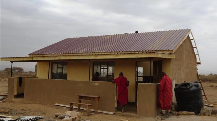 La AFE Mijas Cup ayuda a reparar una escuela en Tanzania