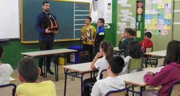 Campaña del Colegio de Fisioterapeutas para prevenir lesiones posturales en los menores