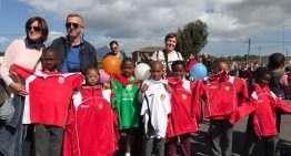 El CD Malilla colabora en el envío de material deportivo a Ciudad del Cabo (Sudáfrica)