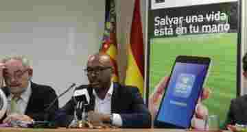 GALERÍA: La FFCV pone en marcha la campaña preventiva 'Juega Seguro' de reanimación cardiopulmonar