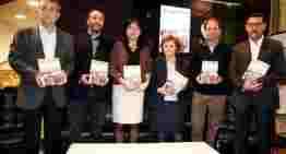 Emotiva presentación del libro 'Últimes Vesprades a Mestalla (Segona Part)' a favor de Elvira Roda