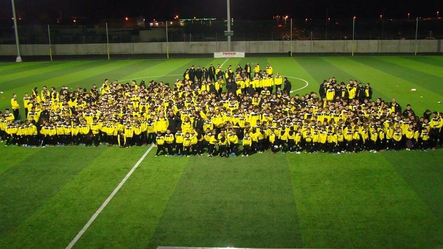 El CD Roda celebra su multitudinaria presentación en la Ciutat Esportiva Pamesa Cerámica