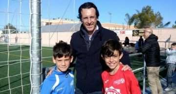 Unai Emery, muy pendiente del Promeses Sueca – CF San José en Infantil Autonómico