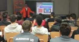 Ciclo de conferencias en el Alboraya UD para concienciar sobre los peligros de las drogas