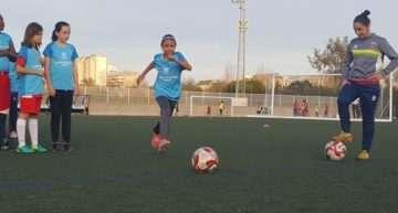 Éxito del Clínic de Fútbol Base femenino celebrado en Mislata