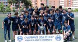 GALERÍA: Atletic Amistat se gana en el césped el derecho a jugar en Preferente Infantil