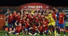 La España Sub-17 de los cinco valencianos, campeona de Europa ante Inglaterra (2-2)