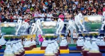 Emoción, reconocimiento y homenaje a Roberto Gil en la Entrega de Premios FFCV 2016-2017 en Ribarroja