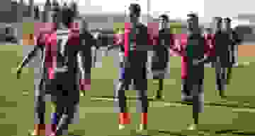 El Levante 'B' rompe su racha de empates y derrota a Racing de Algemesí en Liga Nacional Juvenil (2-0)