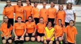 El Sporting Xirivella devuelve el fútbol femenino a la localidad 30 años después