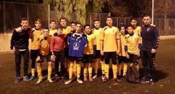 Los niños de EFB Deportes Jucar que encajaron el 24-0 mandaron ánimos a un rival lesionado del Mislata CF