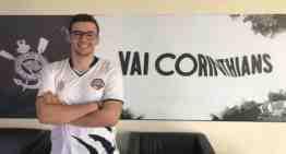 El prometedor calle central Xico firma por RED Canids Corinthians