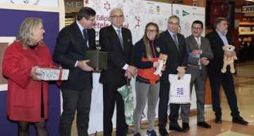 La Fundació Valencia CF presentó en sociedad la 13ª edición de 'Métele un gol a la pobreza'
