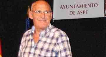 Último adiós a Luis Escobar, presidente del CF La Coca de Aspe