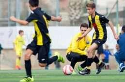 Un invicto Valencia domina la Superliga Alevín Segundo Año con una lucha tremenda para evitar el 'pozo'