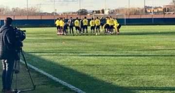 GALERÍA: Las Palmas pasa la semana en las instalaciones de CF Cracks antes de medirse a Valencia y Girona