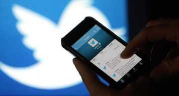 Día Mundial de la Radio: un tercio de los usuarios que comentan un partido de fútbol en redes sociales usan insultos