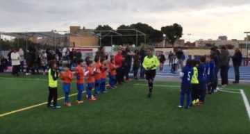 VIDEO: Lección de 'respect' del Salesianos de Alicante y Carolinas a la árbitra que sufrió gritos machistas
