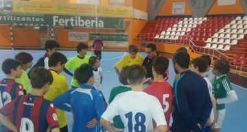 Nuevo Curso de Monitor de Fútbol Sala Base en el Colegio El Pilar de Valencia