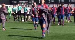 VÍDEO: La victoria del Valencia en el 'derbi' le ayuda a mantener el pulso con el Atlético Madrileño (1-0)