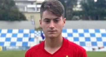 El valencianista Xavi Estació se une a los entrenamientos de la Selección Española Sub-17