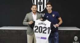El Valencia CF renueva a Ferran Torres hasta 2021 y sube su cláusula a los 100 millones de euros