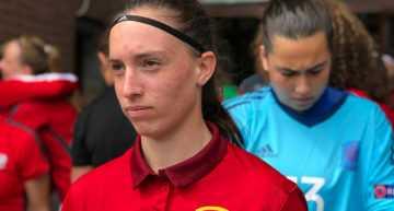 Eva Navarro tira del carro para meter a España Sub-17 en semifinales (5-0)