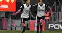 Un gol de Marta Peiró mantiene vivas las opciones del Valencia Femenino ante el Atlético (2-1)