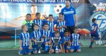 El Prebenjamín 'A' del CF Base Gandía se erigió en Campeón de Campeones 17-18 en Ontinyent