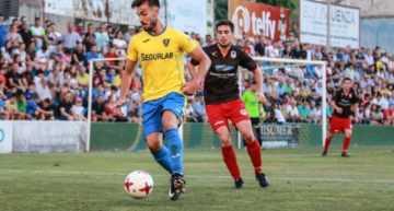El Orihuela cobra ventaja; Castellón y Levante tendrán que sufrir para lograr el ascenso a Segunda B