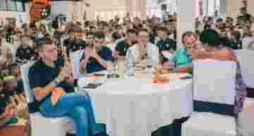 GALERÍA: El Torrent CF cerró la temporada con una masiva comida de unión en el club
