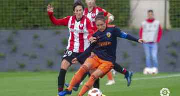 Marta Carro salvó un punto para el VCF Femenino ante el Athletic (2-2)
