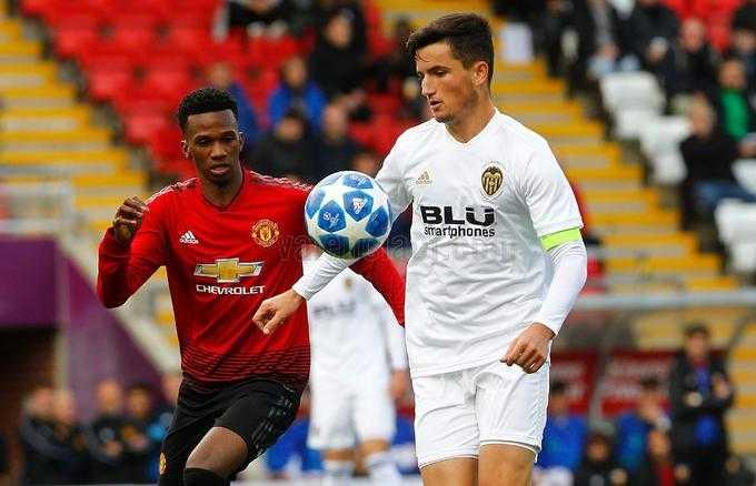 Previa: El Valencia Juvenil 'A' en la Youth League sólo puede ganar al Young Boys… o casi decir adiós