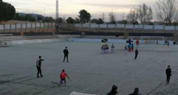 Padres de futbolistas en las provincias de interior de Valencia piden 'horarios razonables' para evitar el frío extremo