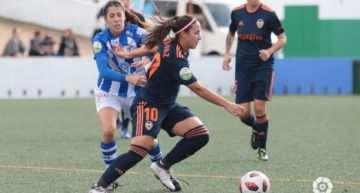 'Doblete' de cabeza de Mari Paz para dar tres puntos vitales al VCF Femenino ante el Sporting de Huelva (0-2)