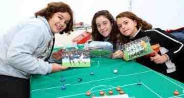 'Métele un gol a la pobreza' prosigue su objetivo de superar 18.000 juguetes en su 14a edición