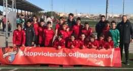 World Soccer y CDB Massanassa conquistan en Manises el I Torneo #STOPViolencia