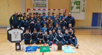 Emotivo y exitoso torneo solidario contra el cáncer infantil en L'Olleria