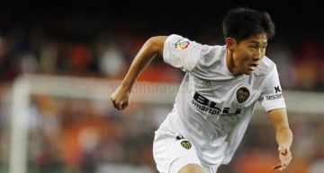Kangin Lee sigue batiendo récords de precocidad: extranjero más joven en debutar con el Valencia