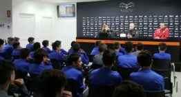 VIDEO: El Valencia apuesta por la prevención a sus jugadores de cantera sobre los riesgos y peligros de Internet