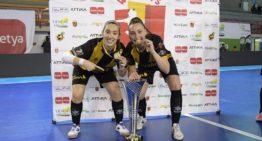 Las valencianas Sara Navalón y Claudia Terrés, campeonas de la 'Champions' femenina de futsal