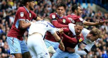 VIDEO: El 'Loco' Bielsa tira de 'fair-play' típico en el fútbol base… en un partido de la élite en Inglaterra