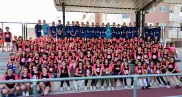 100 niñas disfrutaron del fútbol en el clínic Valenta de la Pobla de Vallbona