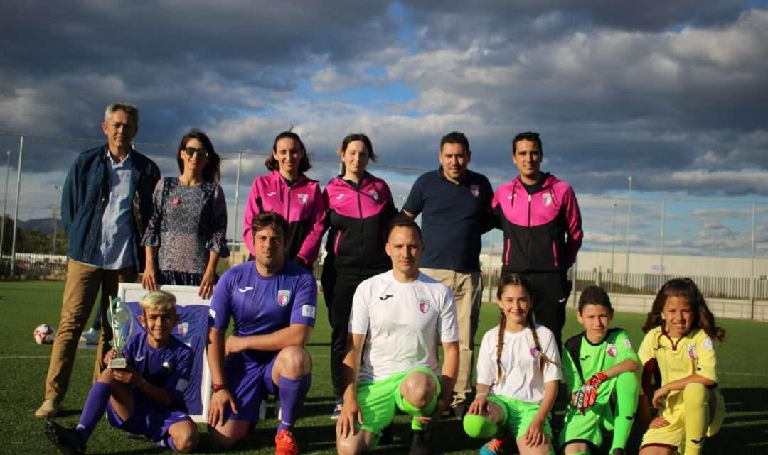 GALERÍA: Nace el Sporting La Pobla con ambiciosos objetivos y la igualdad por bandera