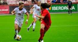 España no pudo pasar del empate ante Canadá
