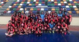 Más de 30 niñas acudieron en Elche al Clínic de Fútbol Sala Valenta