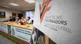 Primera Jornada 'Ideas' de Entrenadores FFCV celebrada con casi medio centenar de técnicos