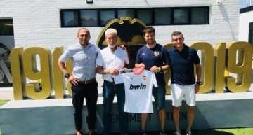 Històrics de València, CD Malilla y Caxton College anuncian un convenio con el Valencia CF
